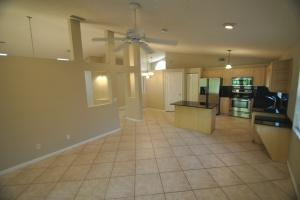 Additional photo for property listing at 8649 Windy Circle 8649 Windy Circle Boynton Beach, Florida 33472 United States