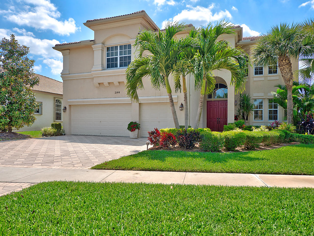 Home for sale in MADISON GREEN 1 PARS F, G AND I Royal Palm Beach Florida