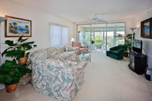 Additional photo for property listing at 3224 S Ocean Boulevard 3224 S Ocean Boulevard Highland Beach, Florida 33487 United States
