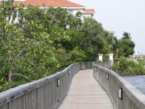 共管式独立产权公寓 为 出租 在 4408 Tuscany Way 4408 Tuscany Way 博因顿海滩, 佛罗里达州 33435 美国