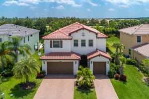 Casa Unifamiliar por un Venta en 2937 Bellarosa Circle Royal Palm Beach, Florida 33411 Estados Unidos