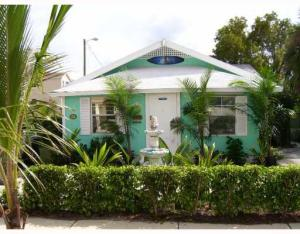 Multi-Family Home for Sale at Palm Beach Heights, 1100 Florida Avenue 1100 Florida Avenue West Palm Beach, Florida 33401 United States
