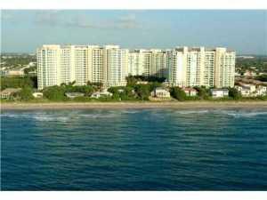 Condomínio para Locação às TOSCANA TOWERS, 3740 S Ocean Boulevard 3740 S Ocean Boulevard Highland Beach, Florida 33487 Estados Unidos