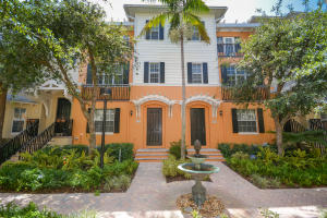 Townhouse for Sale at 321 W Mallory Circle 321 W Mallory Circle Delray Beach, Florida 33483 United States