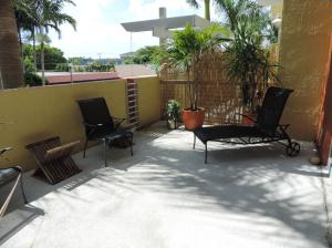 Additional photo for property listing at 180 NE 4th Avenue 180 NE 4th Avenue Delray Beach, Florida 33483 Vereinigte Staaten
