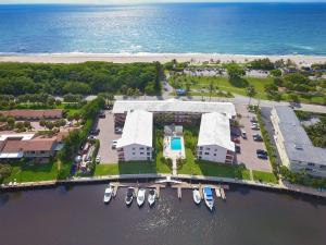 Property for sale at 6530 N Ocean Boulevard Unit: 116, Ocean Ridge,  FL 33435