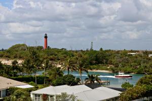 Condominio por un Alquiler en JIB Club Condo, 50 Beach Road 50 Beach Road Jupiter, Florida 33469 Estados Unidos