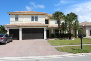 Single Family Home for Sale at 107 Isola Circle Royal Palm Beach, Florida 33411 United States