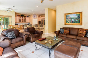 Additional photo for property listing at 370 SW 16th Street 370 SW 16th Street Boca Raton, Florida 33432 Vereinigte Staaten