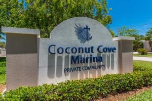 Stadthaus für Verkauf beim 1568 Island Cove Road 1568 Island Cove Road Fort Pierce, Florida 34949 Vereinigte Staaten