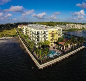 共管式独立产权公寓 为 出租 在 2700 N Federal Highway 博因顿海滩, 佛罗里达州 33435 美国