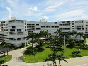 Condominium for Rent at Barclay Condo, 3546 S Ocean Boulevard South Palm Beach, Florida 33480 United States