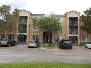 Condominium for Rent at St. Andrews, 8040 N Nob Hill Road Tamarac, Florida 33321 United States