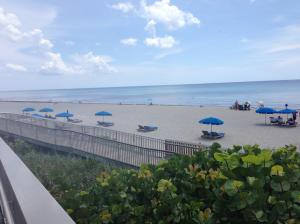 Eigentumswohnung für Mieten beim 6520 N Ocean Boulevard 6520 N Ocean Boulevard Ocean Ridge, Florida 33435 Vereinigte Staaten