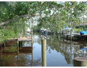 Terrain pour l Vente à 18764 SE Jupiter River Drive 18764 SE Jupiter River Drive Jupiter, Florida 33458 États-Unis