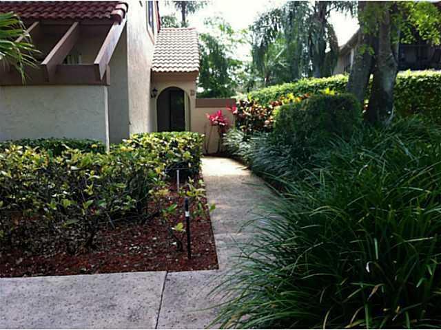 5521 Coach House Circle Boca Raton, FL 33486 RX-10340990