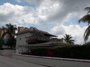 Casa Unifamiliar por un Venta en 300 E 24th Street 300 E 24th Street Riviera Beach, Florida 33404 Estados Unidos