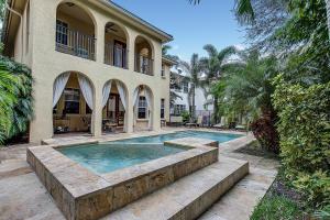 Casa Unifamiliar por un Venta en 964 Mill Creek Drive 964 Mill Creek Drive Palm Beach Gardens, Florida 33410 Estados Unidos
