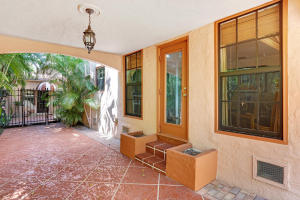 Additional photo for property listing at 835 Biscayne Drive 835 Biscayne Drive West Palm Beach, Florida 33401 Estados Unidos