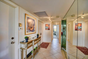 Additional photo for property listing at 4600 S Ocean Boulevard 4600 S Ocean Boulevard Highland Beach, Florida 33487 United States