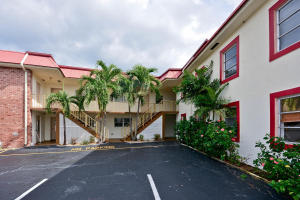 Condominium for Rent at 308 Southwind Court 308 Southwind Court North Palm Beach, Florida 33408 United States