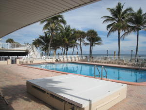 Additional photo for property listing at 1051 Hillsboro Mile 1051 Hillsboro Mile Hillsboro Beach, Florida 33062 United States