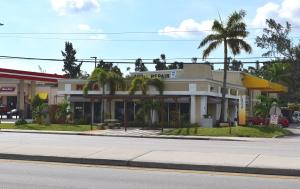 Commercial for Sale at 3068 Lake Worth Road Palm Springs, Florida 33461 United States