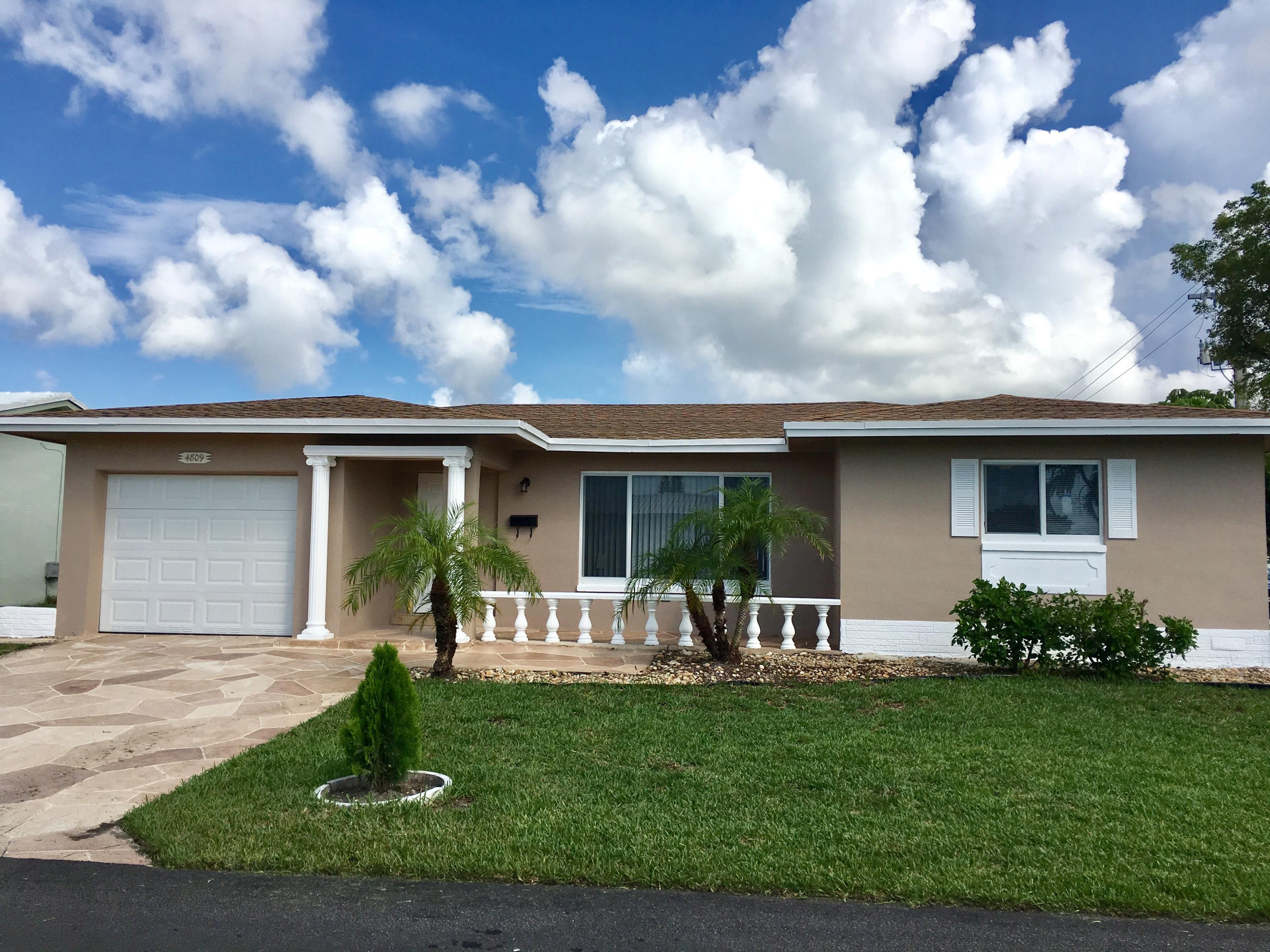 Home for sale in MAINLANDS OF TAMARAC LAKES SECOND SEC Tamarac Florida