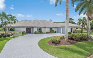 Maison unifamiliale pour l Vente à 578 N Country Club Drive Atlantis, Florida 33462 États-Unis