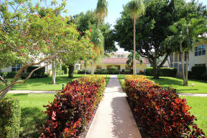 Additional photo for property listing at 250 NE 20th Street 250 NE 20th Street Boca Raton, Florida 33431 Vereinigte Staaten