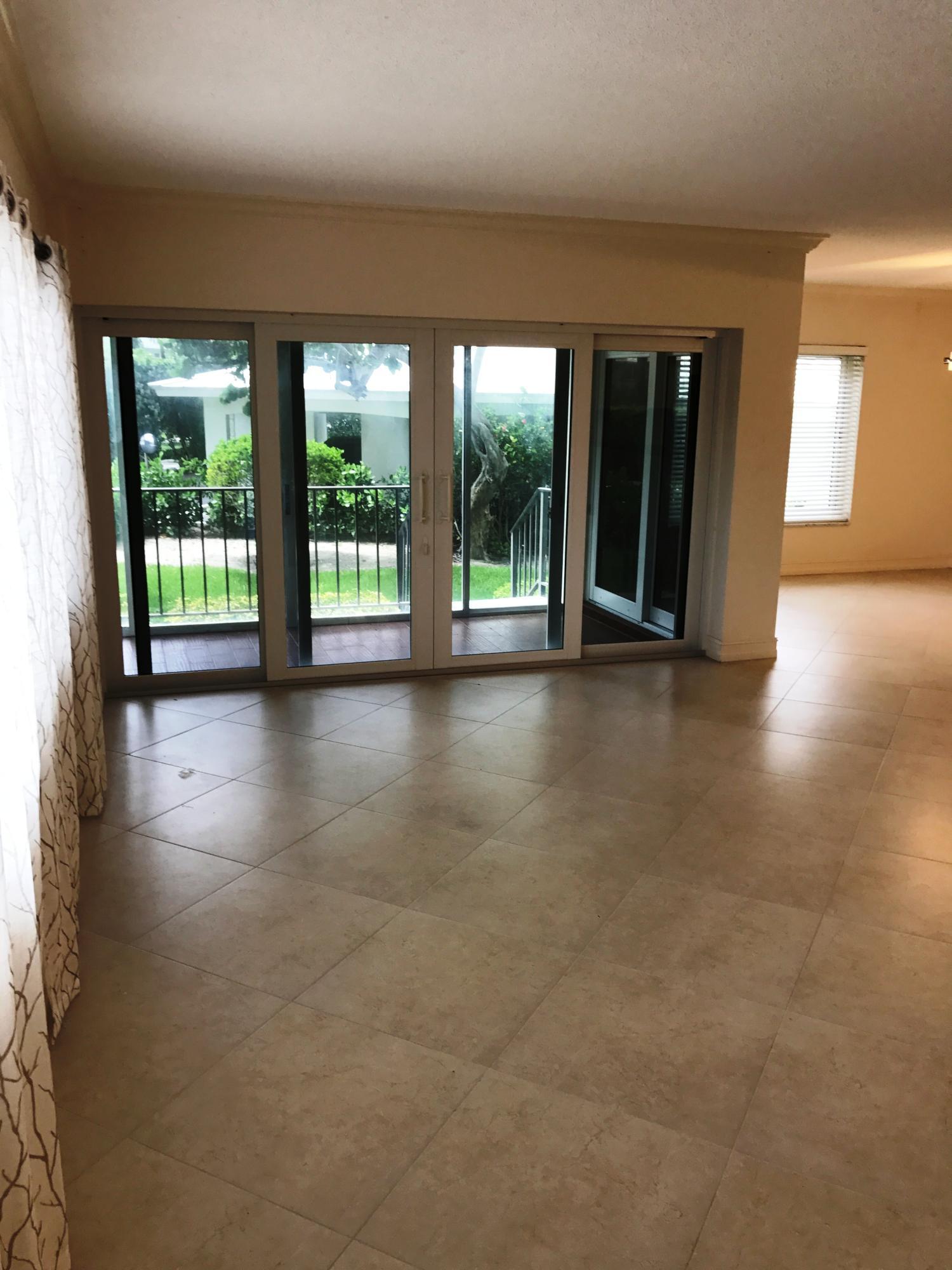 86 Macfarlane Drive 1-J Delray Beach, FL 33483 photo 6