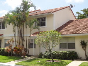 Townhouse for Rent at 6332 Walk Circle 6332 Walk Circle Boca Raton, Florida 33433 United States