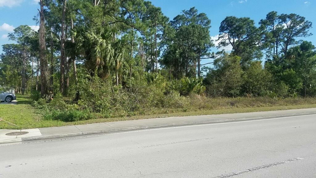 2773 SW Port St Lucie Street, Port Saint Lucie, Florida