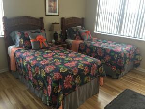 Additional photo for property listing at 700 Uno Lago Drive 700 Uno Lago Drive Juno Beach, Florida 33408 Estados Unidos