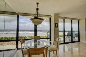 Condominium for Rent at 250 S Ocean Boulevard 250 S Ocean Boulevard Boca Raton, Florida 33432 United States