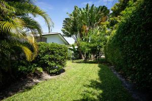 独户住宅 为 出租 在 502 SW 28th Avenue 博因顿海滩, 佛罗里达州 33435 美国
