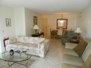 Additional photo for property listing at 4511 S Ocean Boulevard 4511 S Ocean Boulevard Highland Beach, Florida 33487 Estados Unidos