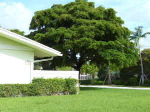 Additional photo for property listing at 1910 Spanish Trail 1910 Spanish Trail Delray Beach, Florida 33483 Estados Unidos