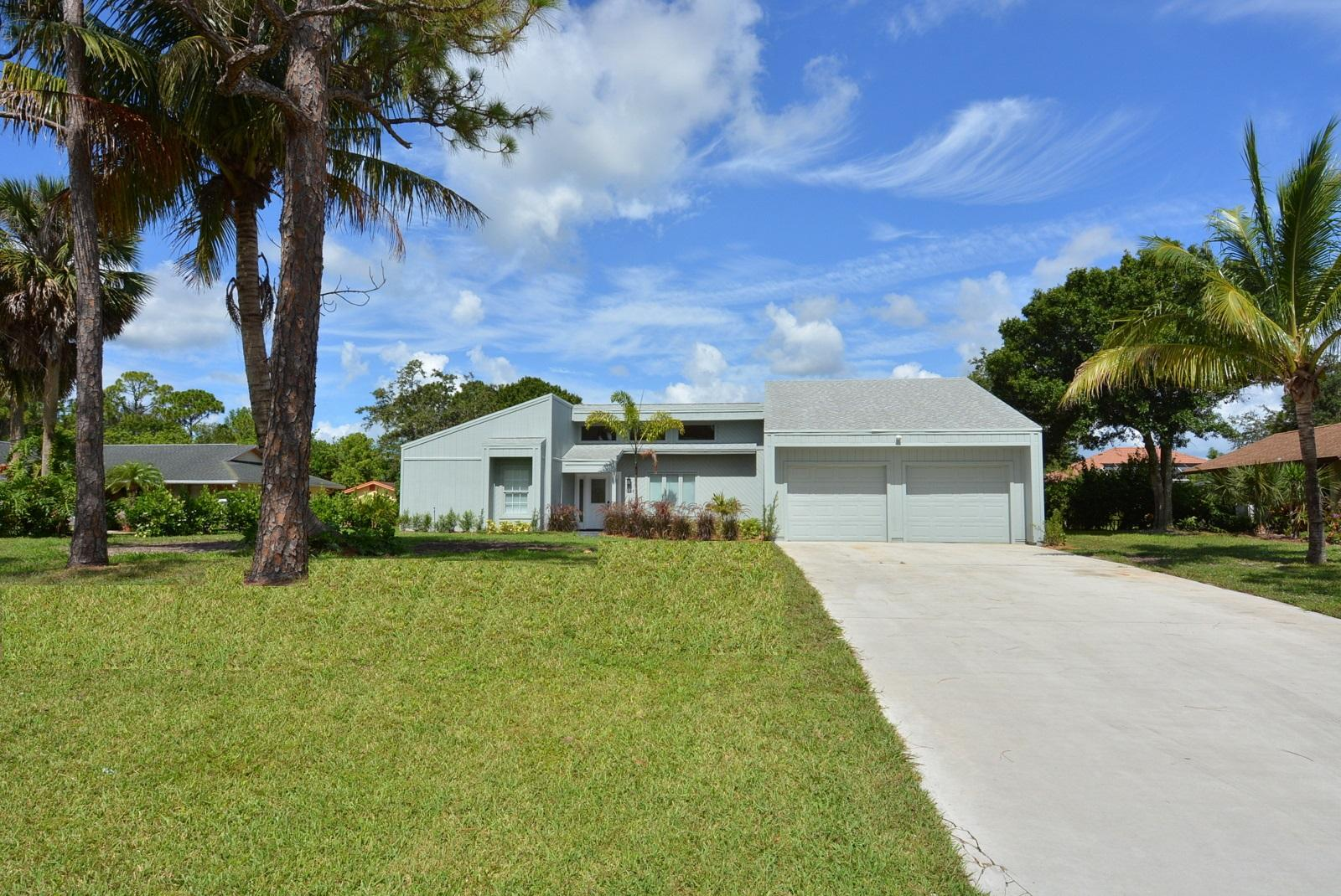 1132 Willow Palm City 34990