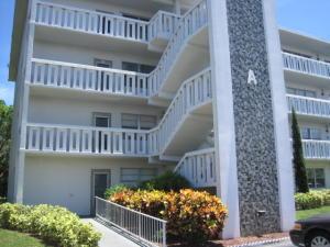 Condominio por un Alquiler en 1020 Cambridge A 1020 Cambridge A Deerfield Beach, Florida 33442 Estados Unidos
