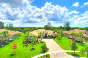 Single Family Home for Sale at 7690 Maywood Crest Drive West Palm Beach, Florida 33412 United States