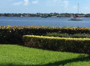 Condominio por un Venta en 126 Lakeshore Drive 126 Lakeshore Drive North Palm Beach, Florida 33408 Estados Unidos