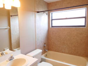 Additional photo for property listing at 1024 Larch Way 1024 Larch Way 惠灵顿, 佛罗里达州 33414 美国