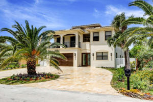 Casa Unifamiliar por un Venta en 169 SE Wavecrest Way 169 SE Wavecrest Way Boca Raton, Florida 33432 Estados Unidos