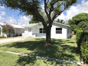 Casa para uma família para Locação às 618 SW 5th Avenue 618 SW 5th Avenue Delray Beach, Florida 33444 Estados Unidos