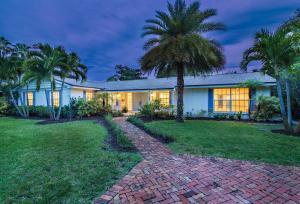 Einfamilienhaus für Verkauf beim 260 E Lakewood Road 260 E Lakewood Road West Palm Beach, Florida 33405 Vereinigte Staaten
