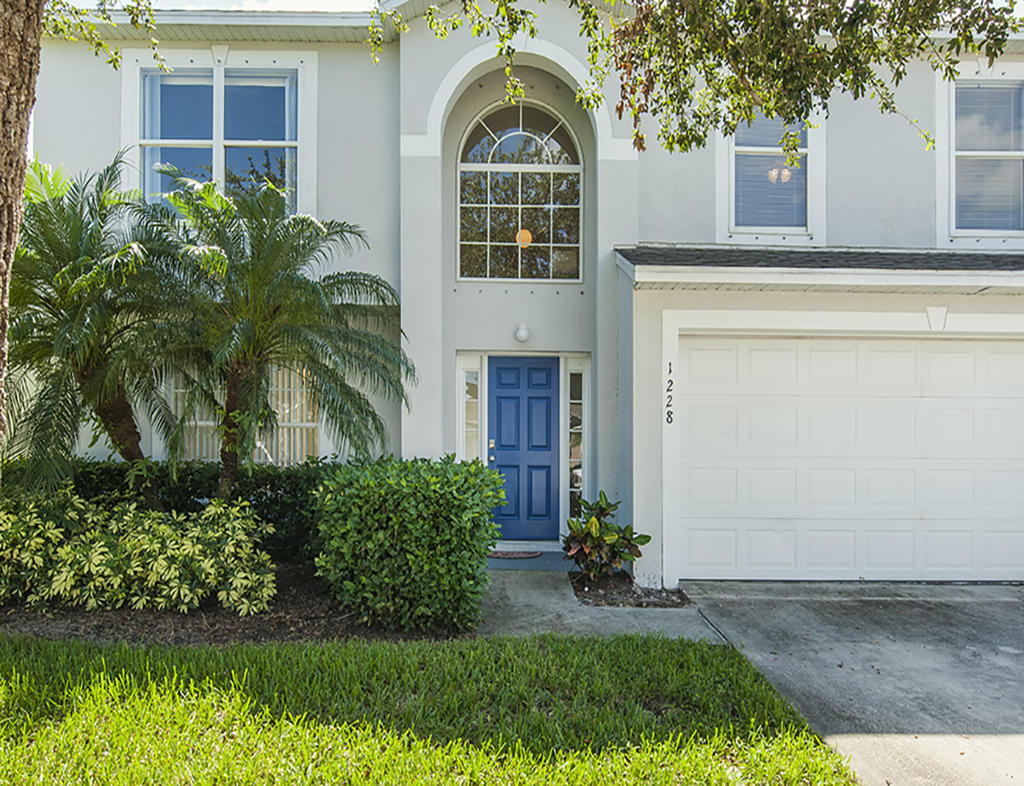 1228 25th Vero Beach 32968