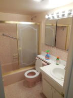 Additional photo for property listing at 2180 Lake Osborne Drive 2180 Lake Osborne Drive Lake Worth, Florida 33461 United States