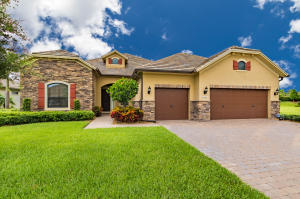 Single Family Home for Sale at 4663 Siena Circle 4663 Siena Circle Wellington, Florida 33414 United States