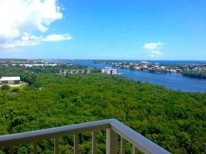 共管式独立产权公寓 为 出租 在 700 E Boynton Beach Blvd 700 E Boynton Beach Blvd 博因顿海滩, 佛罗里达州 33435 美国